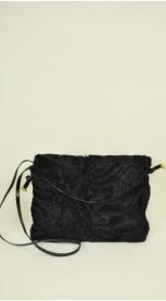 Karakulio kailio rankinė - juoda